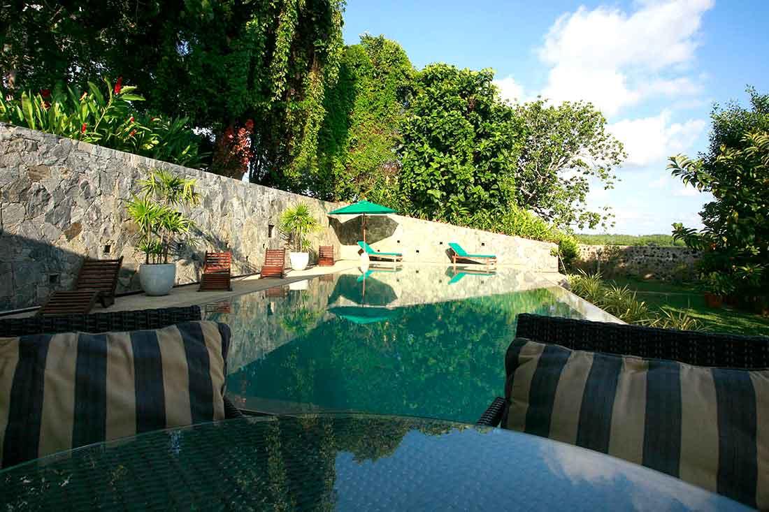 Sea heart House luxury pool